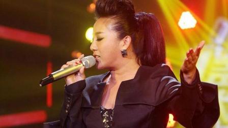 张冬玲悲情一曲《让我默默离开》已超越原唱, 不愧是顶尖歌唱家!