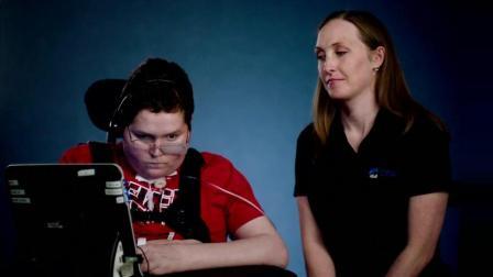 感动! 微软公布为双手障碍玩家设计的Xbox自适应手柄: 为了一切玩家