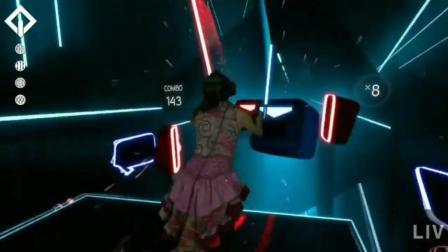 现实与虚拟的完美结合, 超炫酷虚拟游戏, 有没有玩过的!