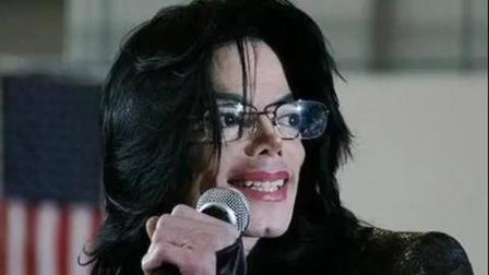 迈克尔杰克逊成长过程的高清图片 每一张都是这么经典