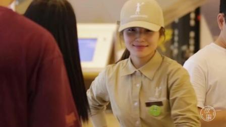 中国最火的网红面包店, 这群听力障碍者是怎么做到的