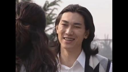 红绒花:小伙跟妹子谈自己讨厌的演员类型,妹子羡慕小伙嘴那么利