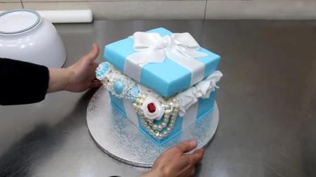 看牛人做翻糖蛋糕, 装满珠宝的礼物盒, 精致的都不舍得打开