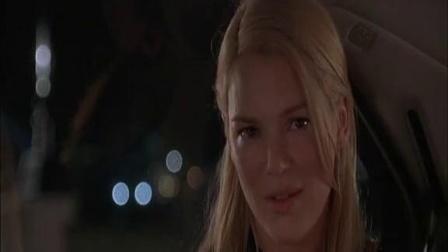 《雷普利先生归来》  盗窃遇美女搭讪 猛男护花出手暴扁