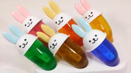 手工DIY 软冰淇淋果冻布丁软糖做法  颜色粘液闪光粘土 【 俊和他的玩具们 】