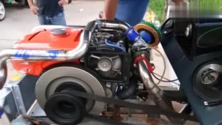 牛人改装了涡轮增压的单缸柴油发动机, 四不像拖拉机!