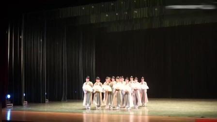 北京舞蹈学院古典舞《纸扇书生》, 这样的舞蹈应该要上春晚, 太美了
