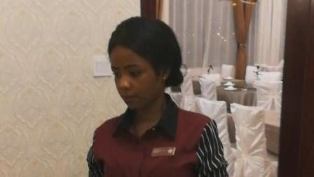 非洲卢旺达, 中国四星级酒店: 江小白卖出了天价!