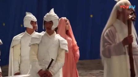 《三生三世十里桃花》迪丽热巴在片场很活泼, 杨幂很漂亮!