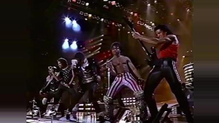 迈克尔杰克逊摇动你的身体 - 1984年多伦多胜利巡回赛