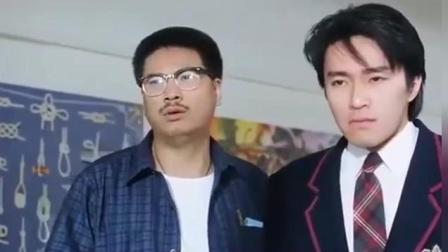 这部电影周星驰和吴孟达都笑场了, 结果导演没删成了经典, 笑喷了