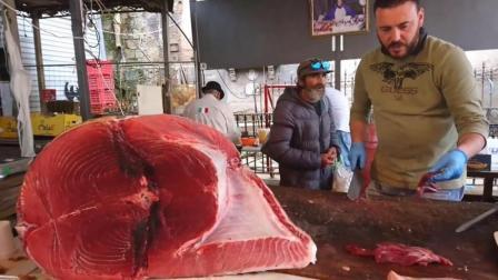 意大利街头的金枪鱼三明治, 金枪鱼现切现煎, 就是分量太少了!