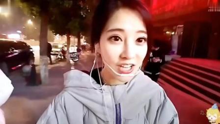 冯提莫重庆街头尬唱《红昭愿》