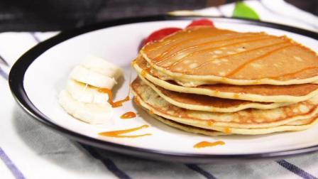 健康无油的香蕉松饼, 当早餐的不错选择!