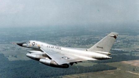 拥有超音速能力的轰炸机, 详解美军B-58盗贼轰炸机