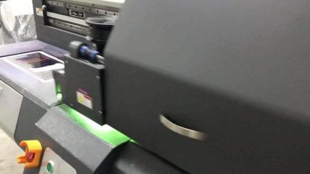 晶控ZigBee无线智能家居墙壁开关个性化定制uv打印机定制图案全过程