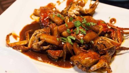 教你毛蟹炒年糕家常做法, 汤汁浓郁超入味, 一顿多吃两碗饭!