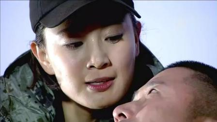何晨光用狙开始对下边的士兵挨个点名, 女教官成功偷袭得手!