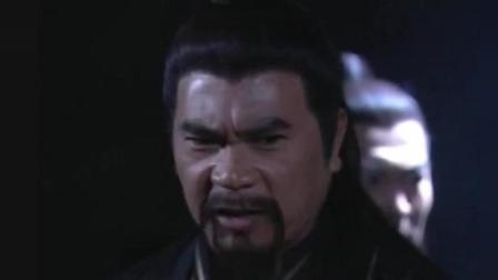 倚天屠龙记-武当七俠太糊涂了, 联手要杀张无忌, 赵敏一语点破