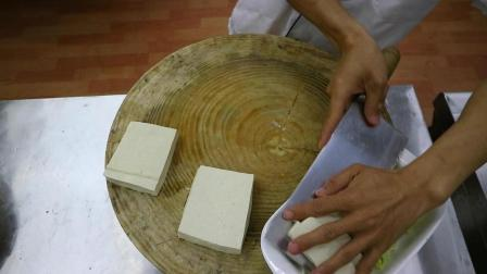 """厨师长教你: """"剁椒蒸豆腐""""的创新做法, 一看就是好菜"""