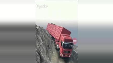 不得不佩服! 最牛卡车司机驾驶技术合集