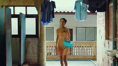 酥胸半露出水芙蓉, 《唐人街探案》女房东佟丽娅的正确打开方式
