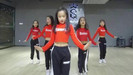 萝莉爵士舞《咖喱咖喱》, 动感十足, 跳的太好了!