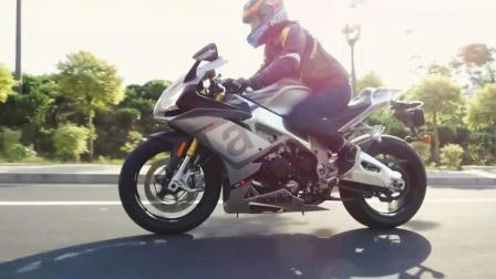 「呆子测评」极致性能之巅, Aprilia(艾普瑞利亚)RSV4 RR 骑士网摩托车测评