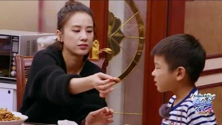 黄圣依解锁吃虾新方法, 皮都不用剥, 网友: 果然是有钱人的吃法!