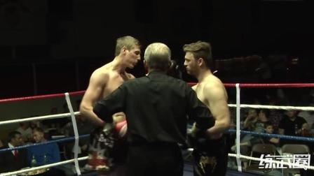拳手仅开场9秒就一招KO对手!