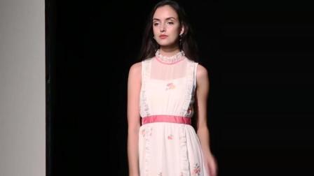 2018夏装新款 欧美时尚复古白色绣花长款大摆连衣裙优雅气质女装