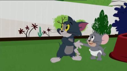 猫和老鼠  我的妈呀, 汤姆的祖宗出现啦! 一脚下去, 汤姆都被踩成口香糖啦