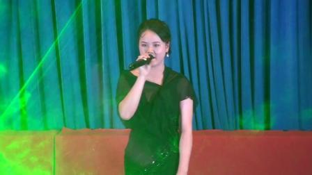 郎溪中学第十七届校园文化艺术节8歌曲: 《易燃易爆炸》