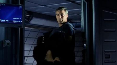《飞向太空2002》  剧毒显惊悚 自行修复得重生
