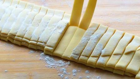 玉米面新吃法, 你想不到的做法, 双手一转, 一盆都不够吃, 香