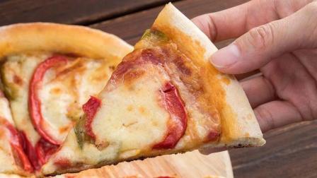 在家用平底锅也可以做披萨, 做法简单易学, 没有孩子不喜欢的!