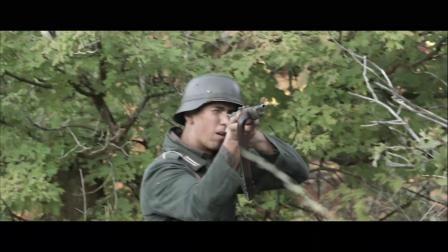 《士2》  爬上坦克扔手雷 悲催大兵胸部中弹