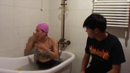 艾米粒日记 俏皮美女浴缸潜水 玩自拍摔伤男友 CUT 7