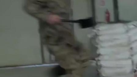 最强战兵 兵哥哥霸气救美 狂揍劲敌拳拳到肉 CUT 7 竖版