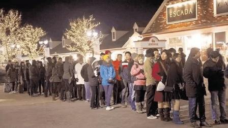 中国又一美食在国外火了, 外国人每天排队买, 在中国却最常见