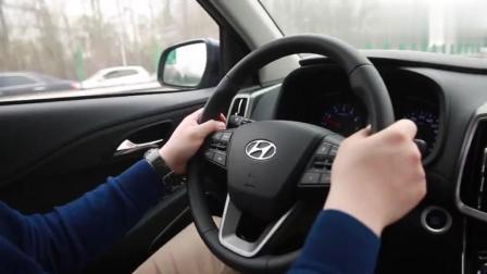 15万元紧凑型SUV油耗测试, 中途隔空掐架, 究竟谁的车最省油?