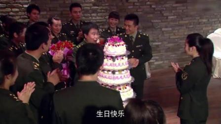解放军们为女兵庆生,谁知燕小六掏出了快板,第一次听这种生日歌