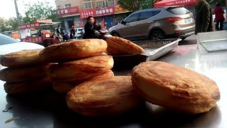 实拍: 重庆80后小伙不远1000多里专程来山西运城学习油酥烧饼手艺