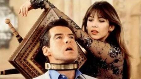 动作惊悚片, 首部在内地上映的007电影, 充满黑色幽默和惊悚氛围