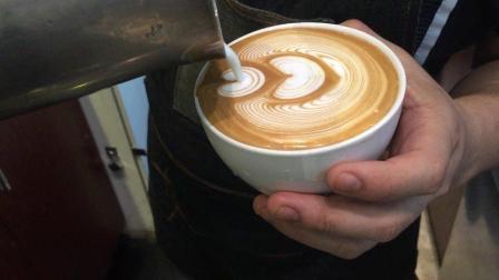 美拍视频: 咖啡拉花压纹#才艺#
