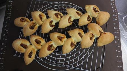 小杰搬运 美食 美味 料理 制作 面食 培根夹心小面包