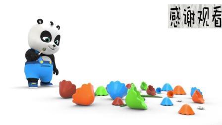 动漫熊猫宝宝和小萝莉组装玩具圣诞树