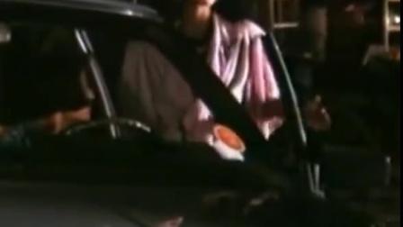 警探红白黑 美女逛夜市被盯梢 遇巧妙遁逃 CUT 1 竖版