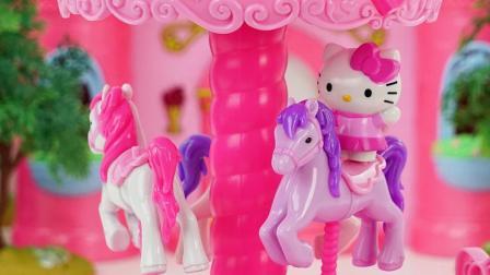 凯蒂猫之音乐旋转木马游乐园玩具分享