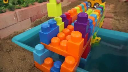 益智玩具, 泰路小巴士搭建大桥